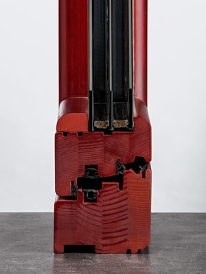 Lineabio serramento con vernici auro angolo fronte
