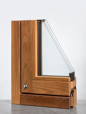 Lineabio serramento in legno termotrattato angolo interno